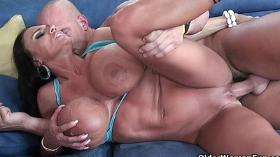 Milf Lisa Lipps puts her monster soul to approving use