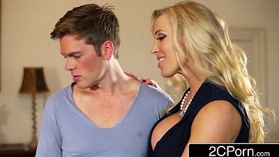 British Stepmom Rebecca Moore Decides helter-skelter Give Mia Malkova Making love Coaching