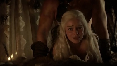 Emilia Clarke Nude - Facetiously Thrones s01 (2011) HD 1080p &ndash_ DaftSex