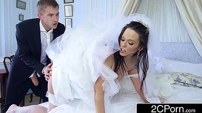 Busty Hungarian Bride-to-be Simony Diamond Bonks Her Husband'_s Rout Man