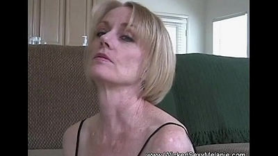 Intense Amateur GILF Sex Risk