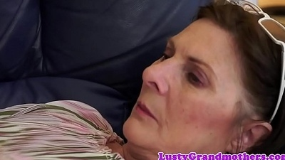 Bigbutt gilf fucked on the divan