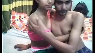 Desi Indian Young Lovers On the go Fucking Webcam - HornySlutCams.com